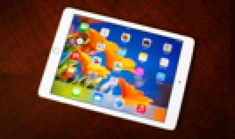 Top iOS news of the week: iPad shipments, Apple Watch shipments, Siri on the desktop
